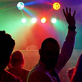 Hudba DJ Pitoczky - svetelné efekty.