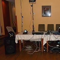 DJ Pitoczký, aparatúra, hudba na spoločenské akcie.
