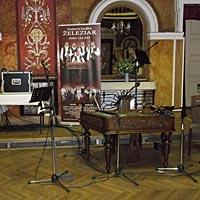 Hudba na svadbu, PKO Čierný Orol - Miesto pre cimbalovku Železiar.