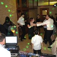 DJ hudba - zábava, tanec, dobrá nálada.