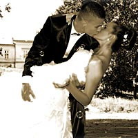 Bozky v parku. Umelecká fotografia, svadobné foto Barca.