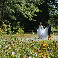 Romantická Foto svadba - prechádzka v parku.