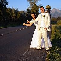 Stopári - Humorné svadobné foto Pribylina, Vysoké Tatry.