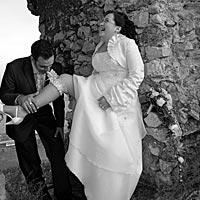 Svadba foto - srandičky na Turnianskom hrade.