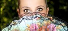 Svadobné foto - nevestiné veľké oči.