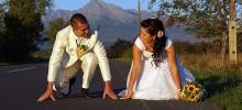 Pripravení na beh životom spolu. Romantické svadobné foto Pribylina, Vysoké Tatry.